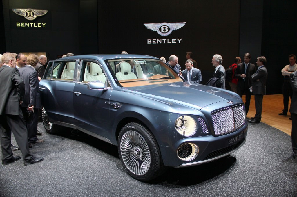 bentley-exp-9-f-concept-live-photos-2012-geneva-motor-show_100384492_l