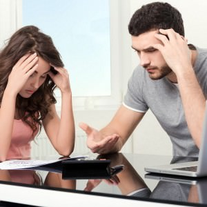 couple-money-financial-problems